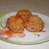 Ёжики из фарша с рисом в томатном соусе на сковороде
