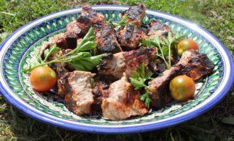 Маринад для шашлыка из свинины с киви