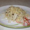 Спагетти в соусе бешамель с сыром