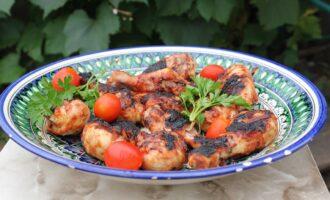Шашлык из куриных ножек в томатном маринаде