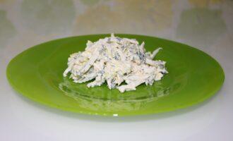 Салат из пекинской капусты с сыром